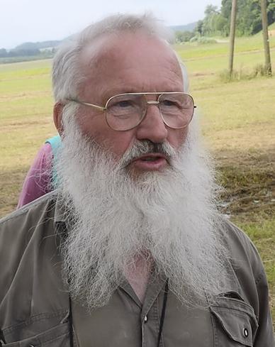 Dr Peter Berthold